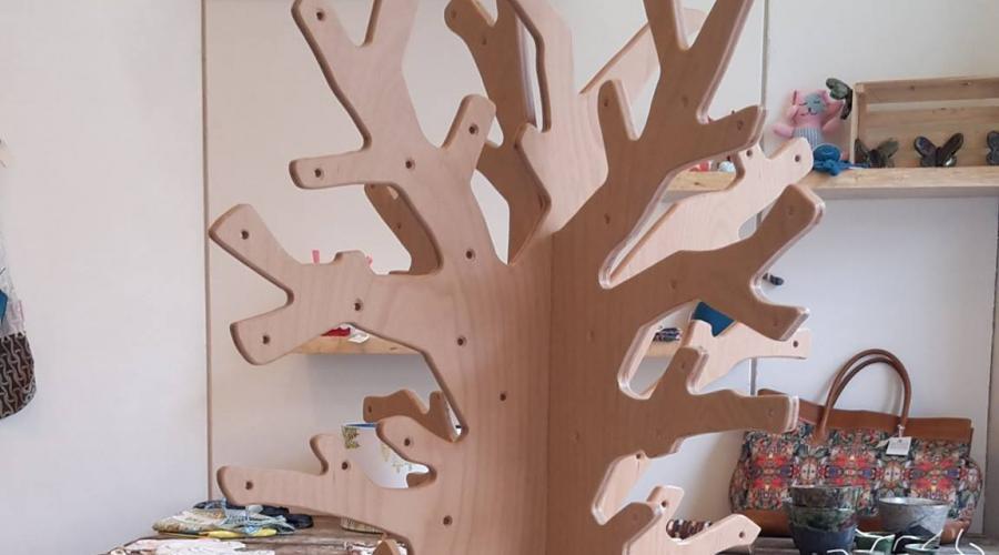 Vertelboom van beukenmultiplex